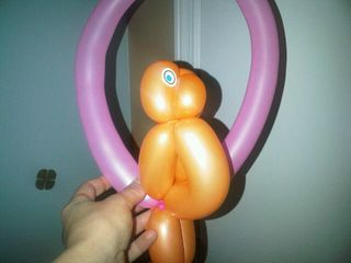 Balloon parrot