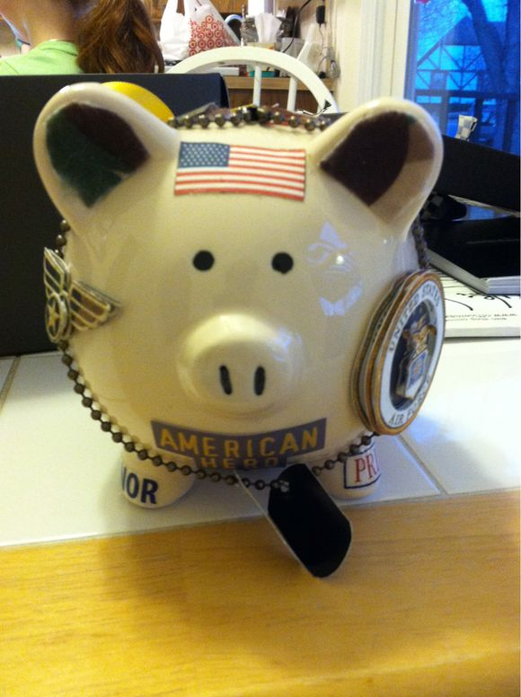 Hoggin Craft: Military Pig